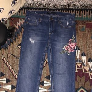 Jeans w/ beautiful floral stitching :)